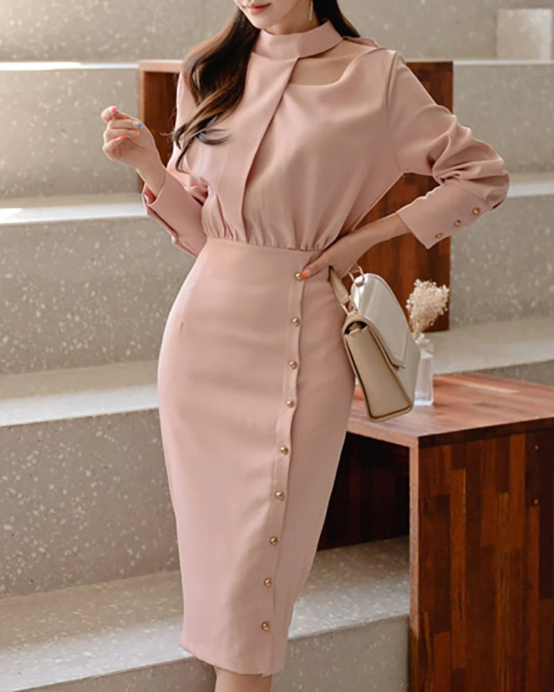 Solid Long Sleeve Buttoned Dress 6