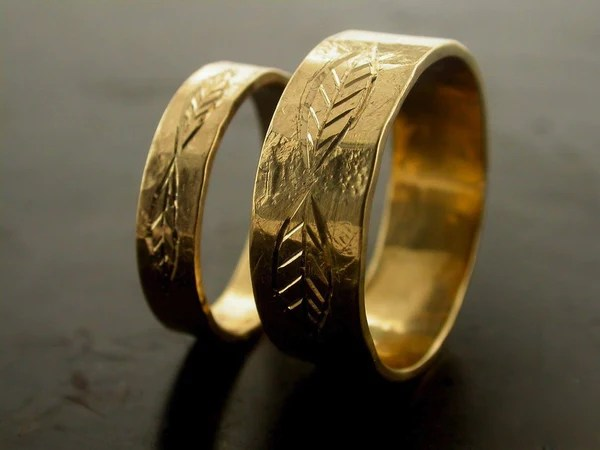 Leaf Carved Engraved Wedding Bands Jelena Behrend Studio