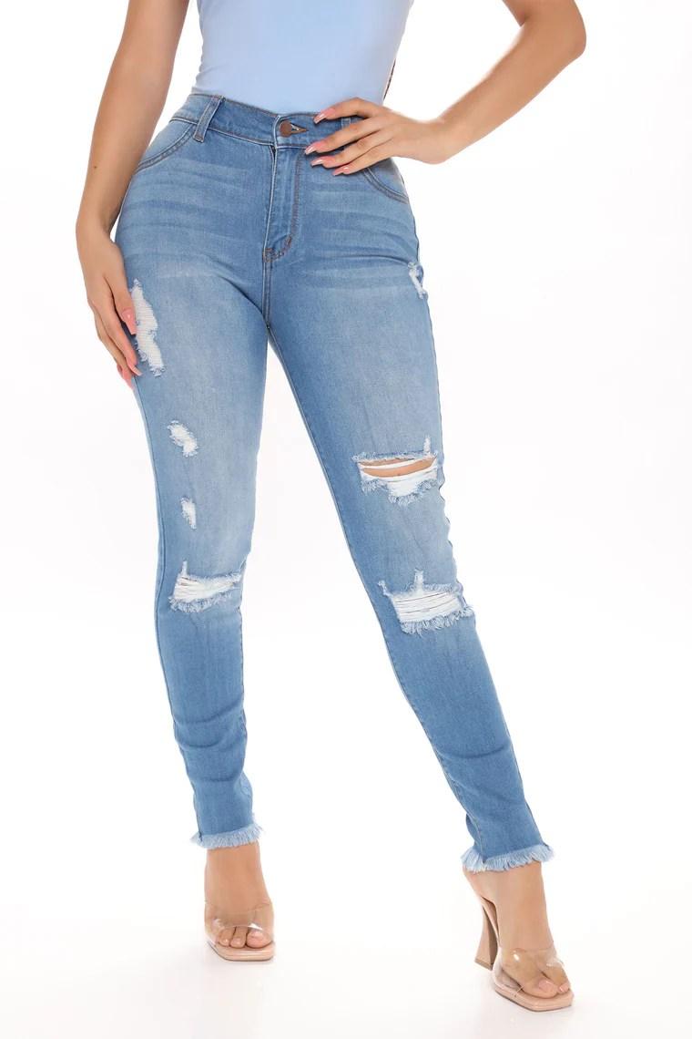 In It To Win It Crop Jeans - Medium Blue Wash 23