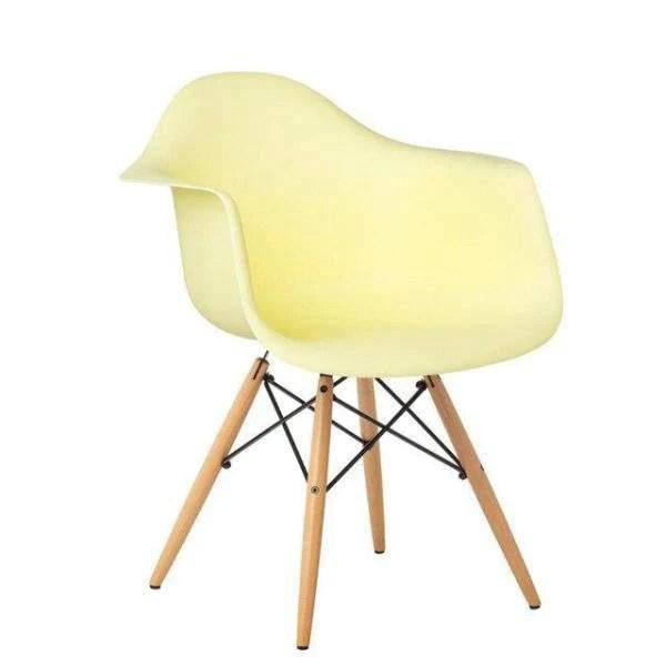 chaise scandinave jaune pastel