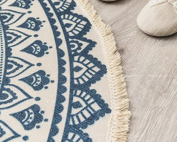 tapis rond motif ethnique