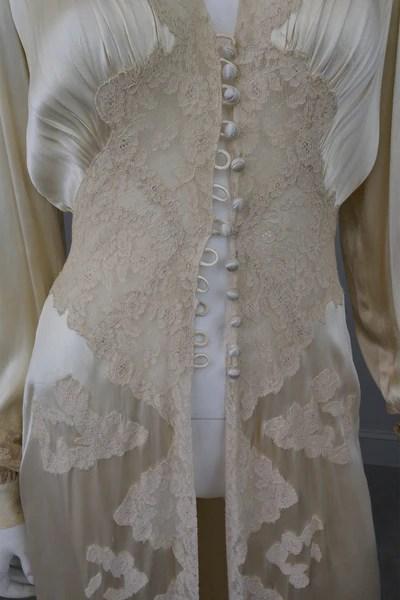 Victorian Wedding Dresses