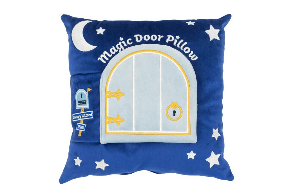 https www magicdoorpillows com products sleepy wizard storybook toy pillow set