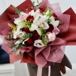 Cymbidium Orchid Bouquet Free Delivery Mondrian Florist Sg Mondrianflorist