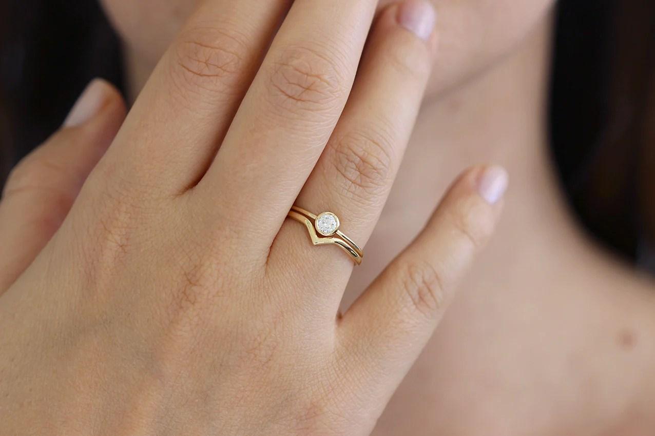 Minimalist Wedding Ring Set With 02 Carat Diamond ARTEMER