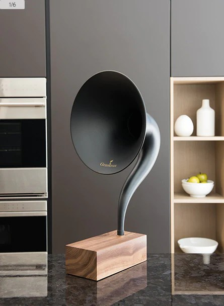 Bluetooth Gramophone - In Scene