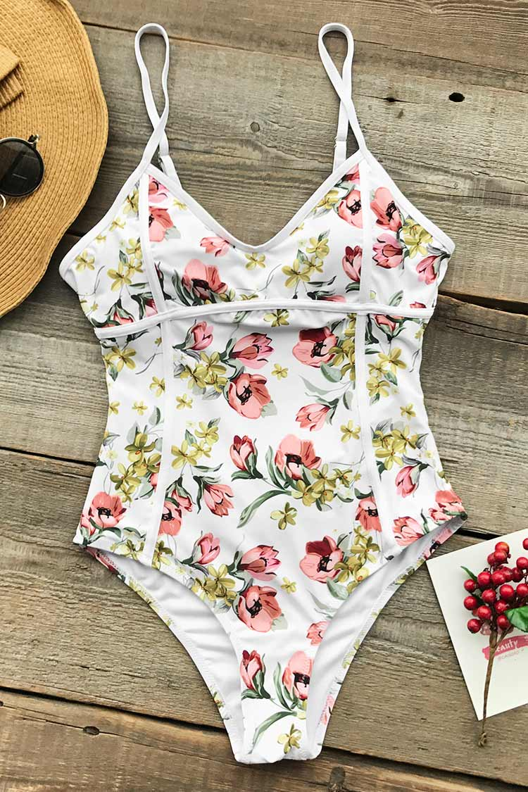 Dancing Butterfly Print One-piece Swimsuit