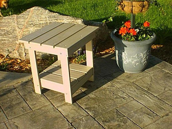 Tailwind Recycled Plastic Adirondack Side Table
