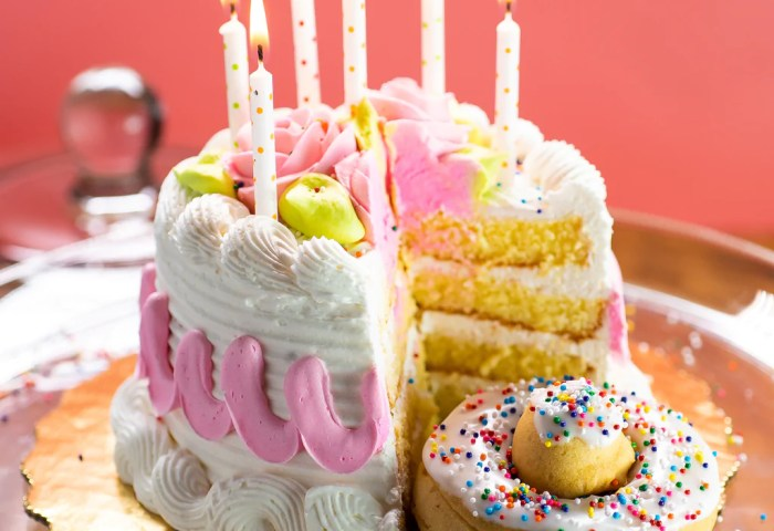 4 Pack Cake Doughnut Birthday Cake The Dough Bar