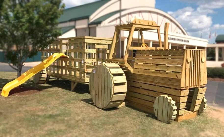 8x10 Farm Tractor Play Set Plan For Kids Paul S Playhouses