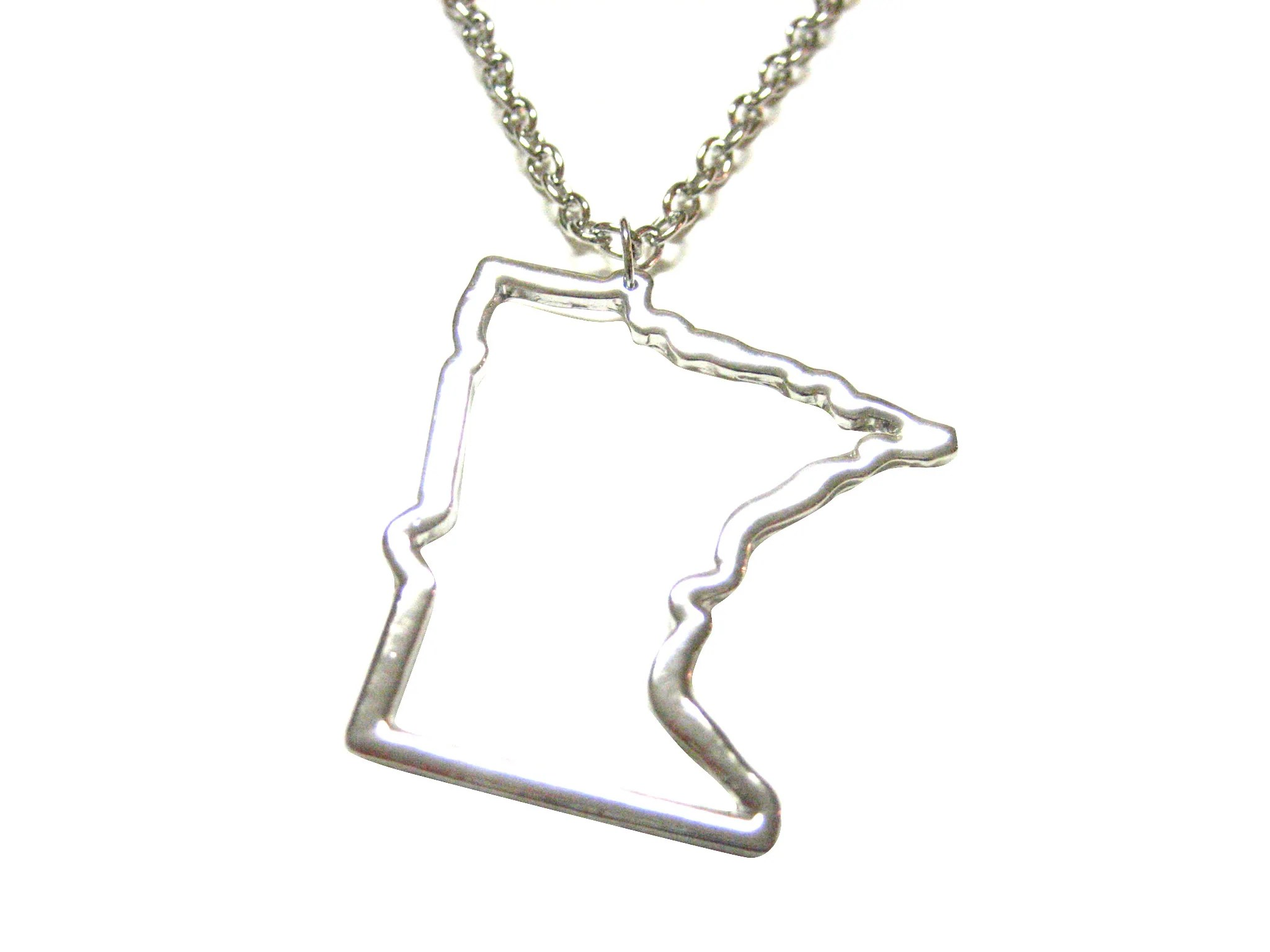 Silver Toned Minnesota State Map Outline Pendant Necklace   Kiola     Silver Toned Minnesota State Map Outline Pendant Necklace