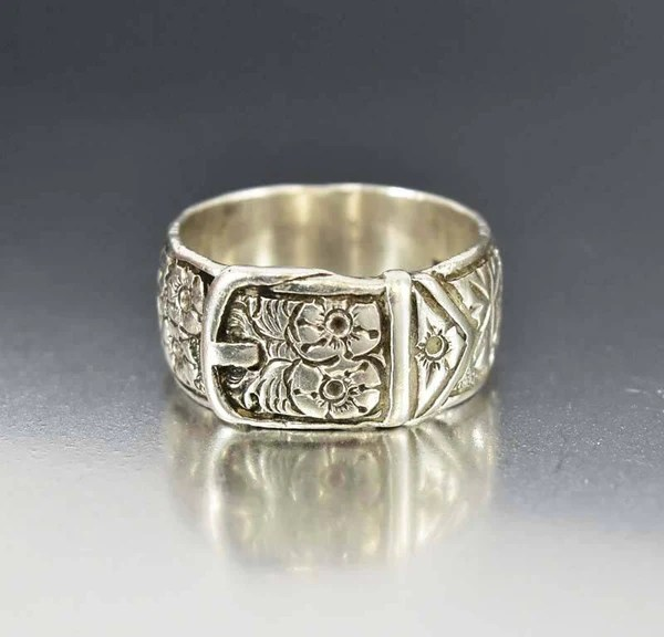 Mens Engraved Antique Silver Buckle Ring Wedding Band