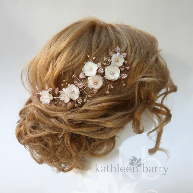 bridal hair clip champagne, ivory and a hint of pink, rose