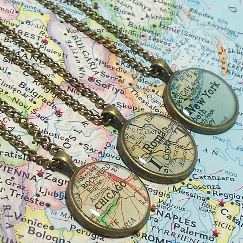 map-necklace