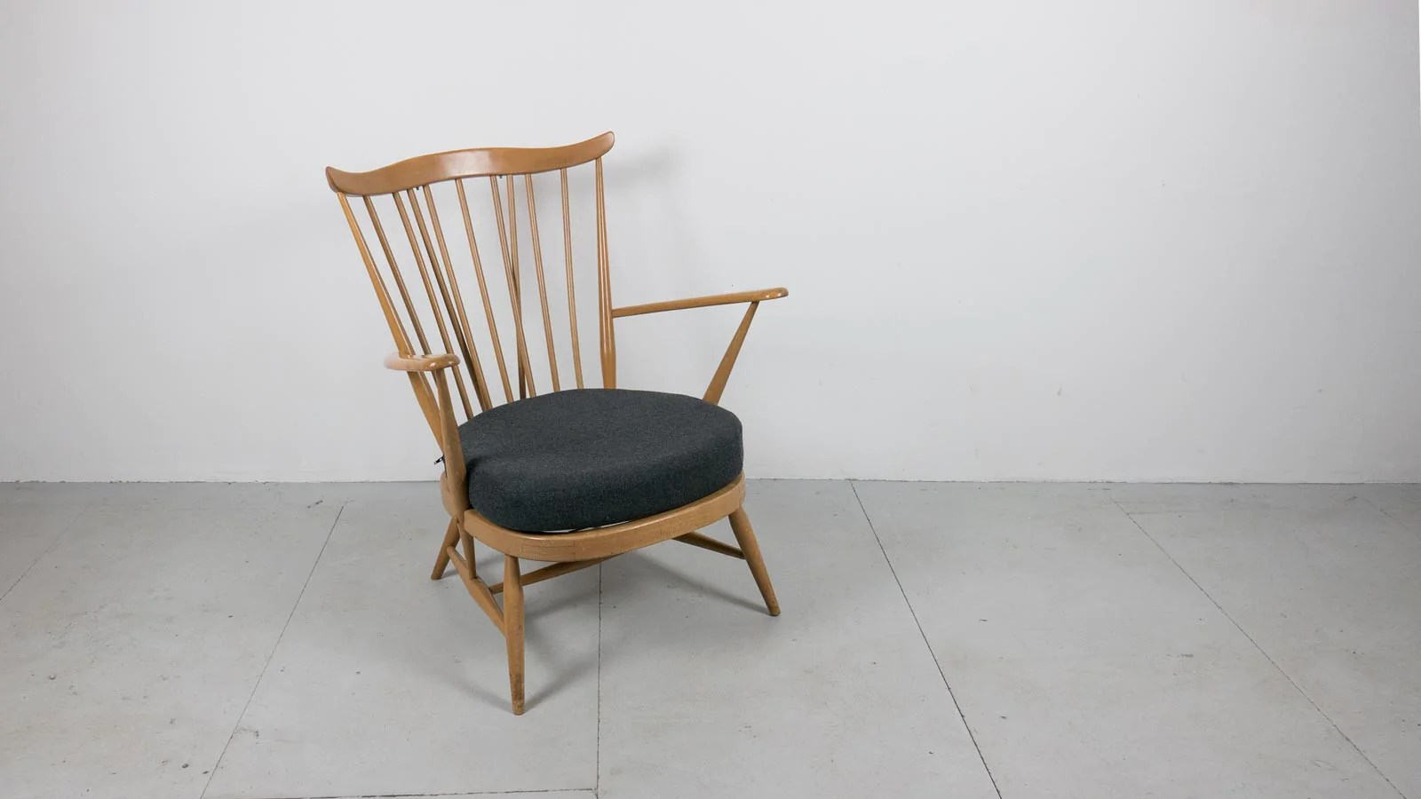 Ercol Easy Chairs For Sale Pair Of Ercol Windsor Armchairs Retro Ercol Easy  Chairs For SaleErcol Easy Chairs For Sale   pairofercolwindsorarmchairsjpg 700  . Ercol Easy Chairs For Sale. Home Design Ideas