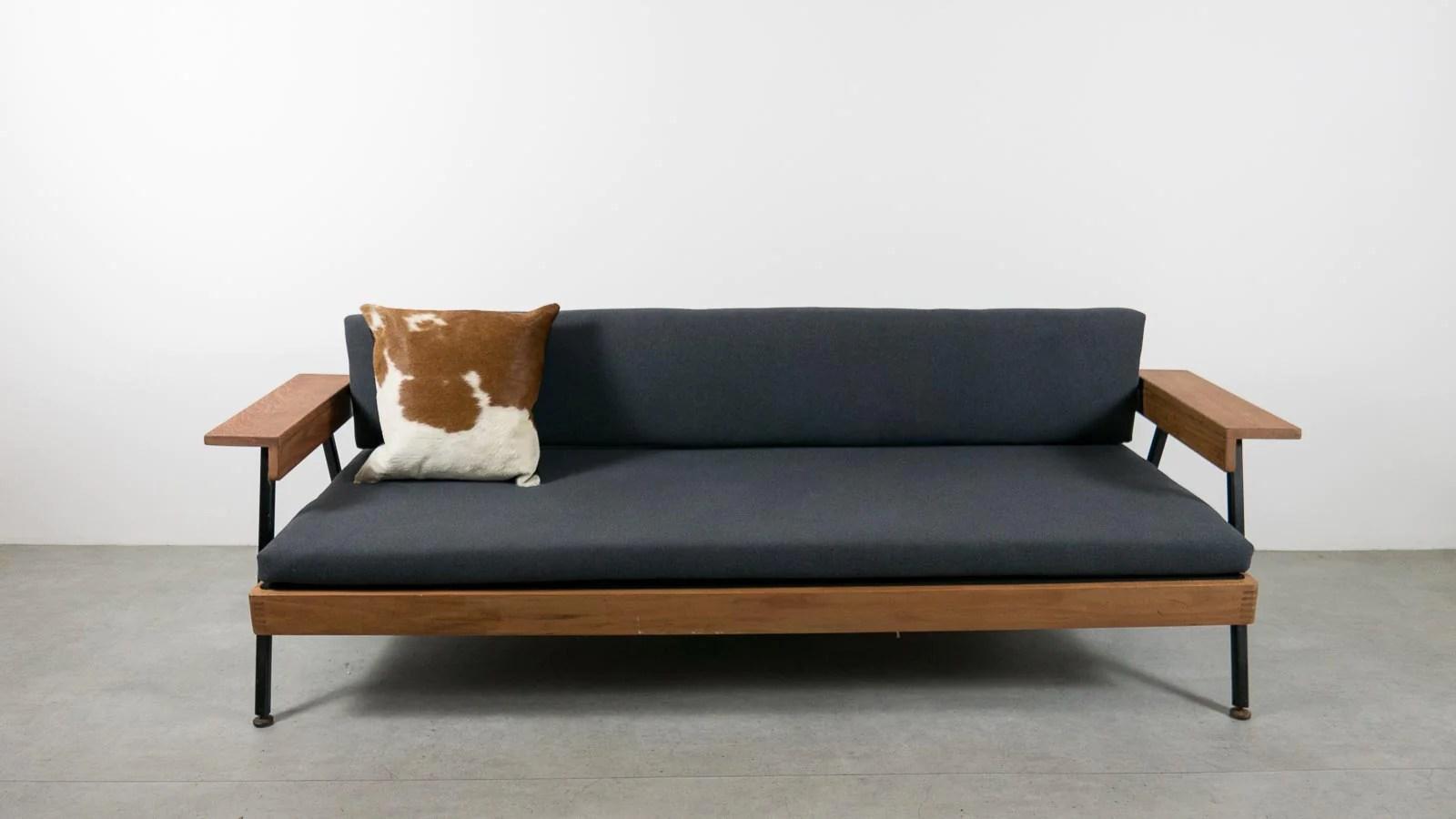 Ebtd Mid Century Modern Single Sofa Bed Everythingbutthedog