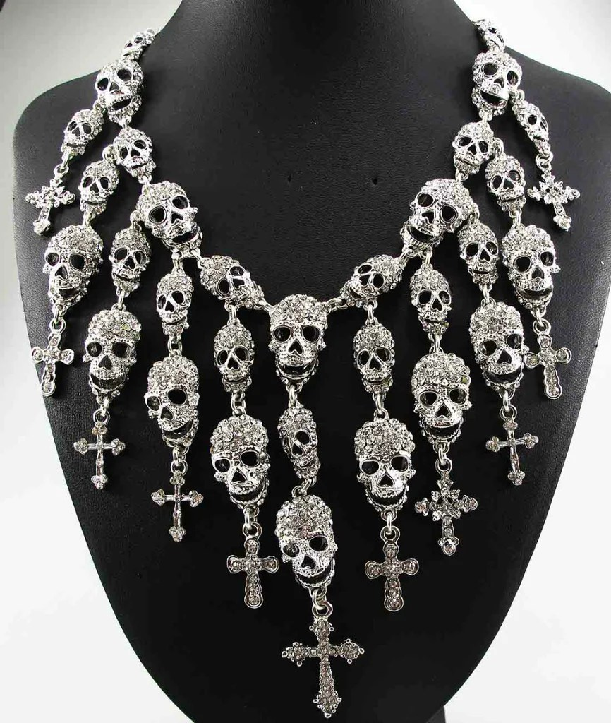 Fabulous Crystal Skull Cross Neclace Skullseeker