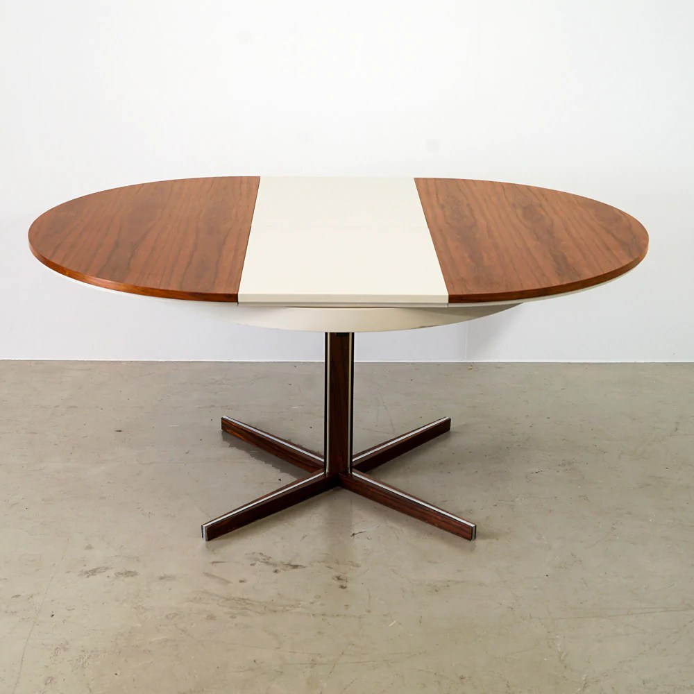 Runder Esstisch   Skandinavisches Design – spot4