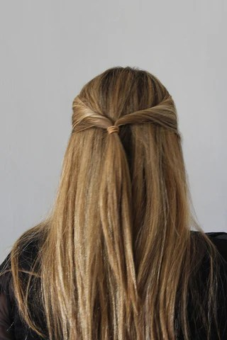 The Easy Twisted Half Up Hairstyle For Straight Hair