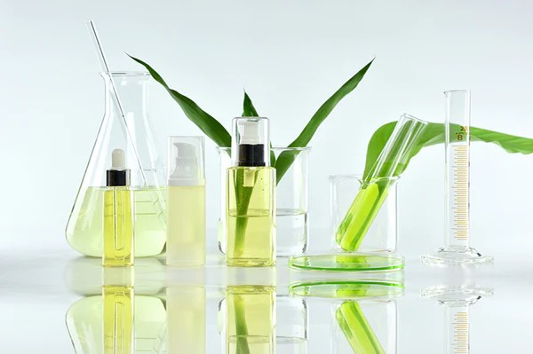Romance vs. Reality: The Truth About Natural and Synthetic Ingredients