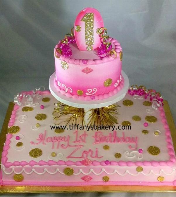 Half Sheet Cake With 6 Round Birthday Tiffany S Bakery