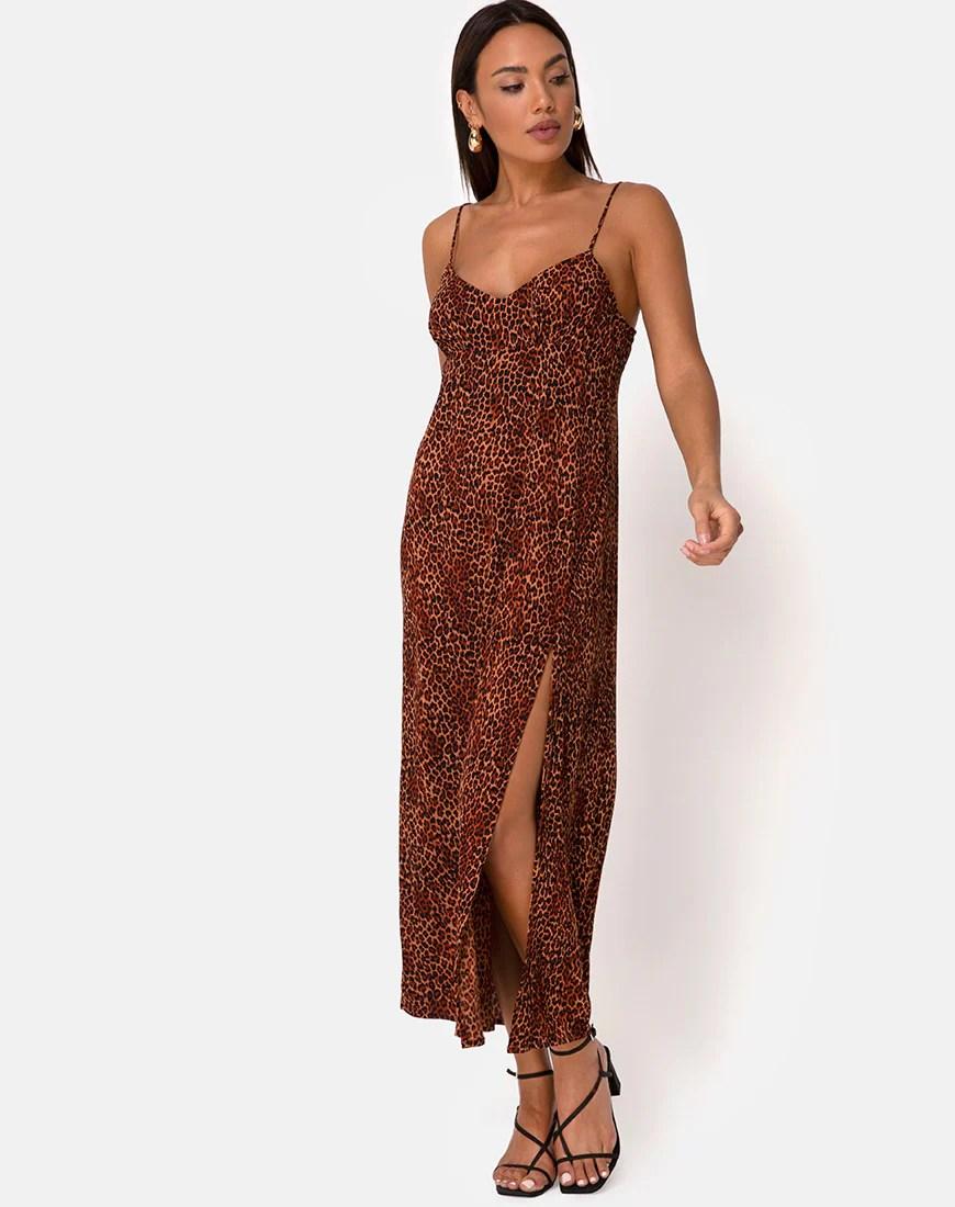 Rinda Maxi Dress in Crinkle Ditsy Leopard Orange by Motel 5