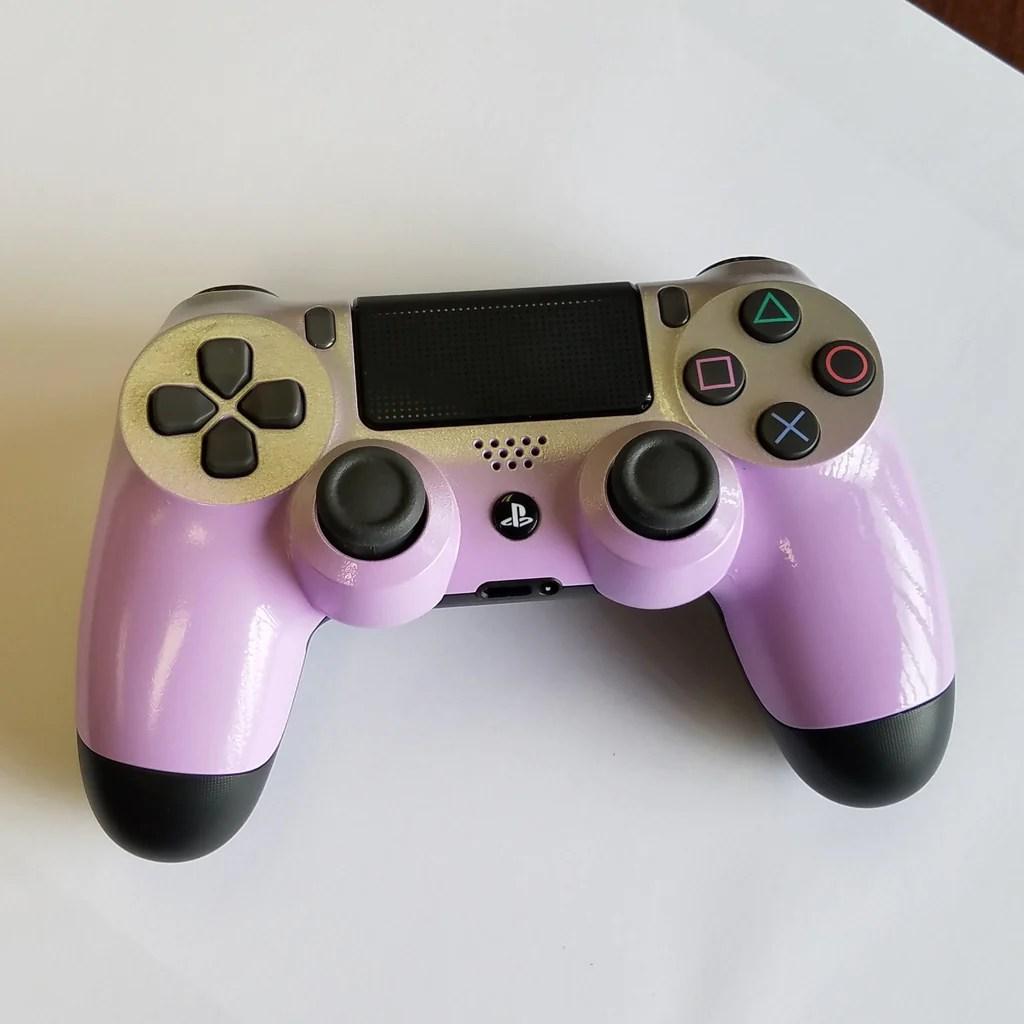Ps4 Controller Light Grape With A Silver Fade
