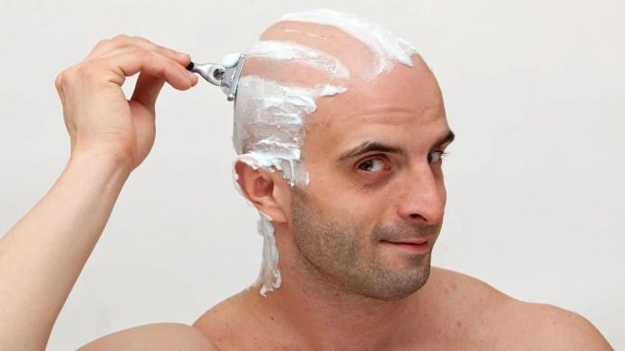como afeitarse cabeza