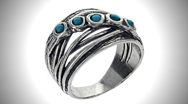 How to Clean Sterling Silver Rings With Gemstones – Roma Designer