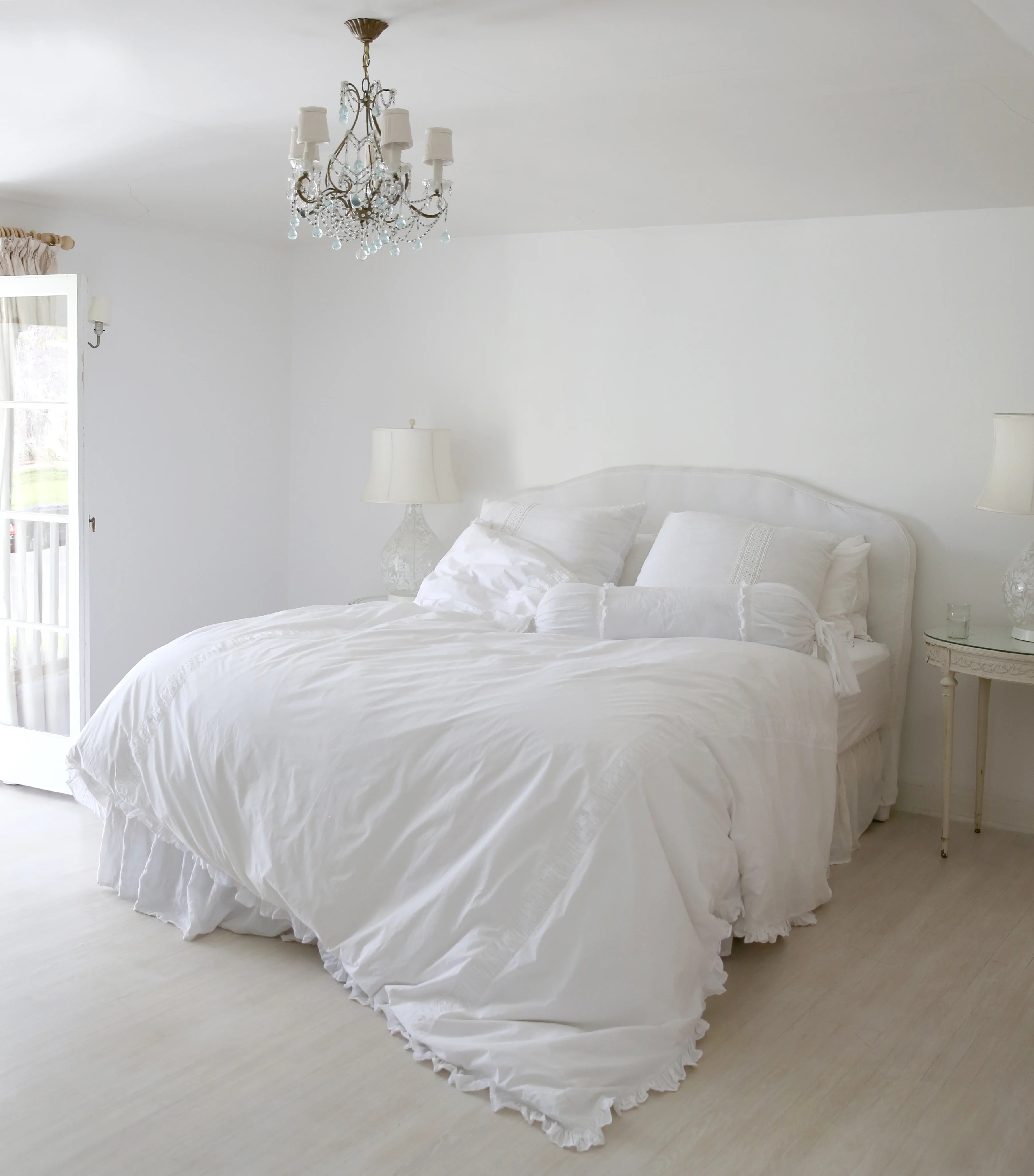 All White Patterned Bedding Rachel Ashwell Shabby Chic Couture