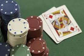 (Booray將傳統的把戲技巧與賭博的快感結合在一起。)