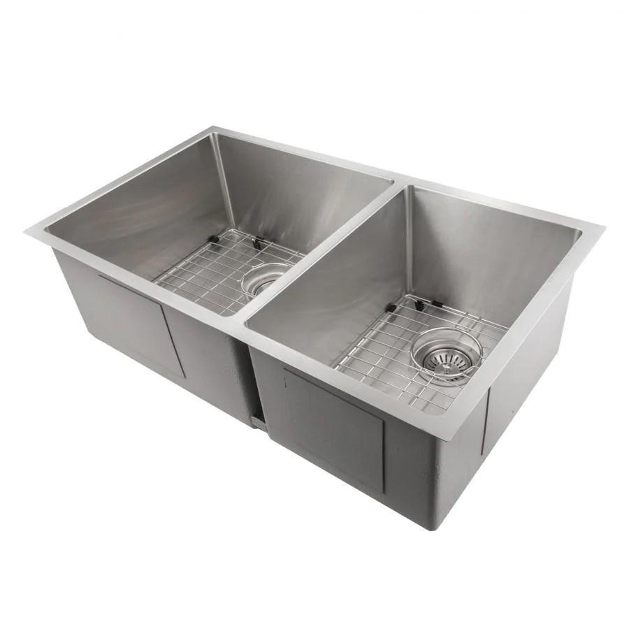 farmhouse kitchen bath