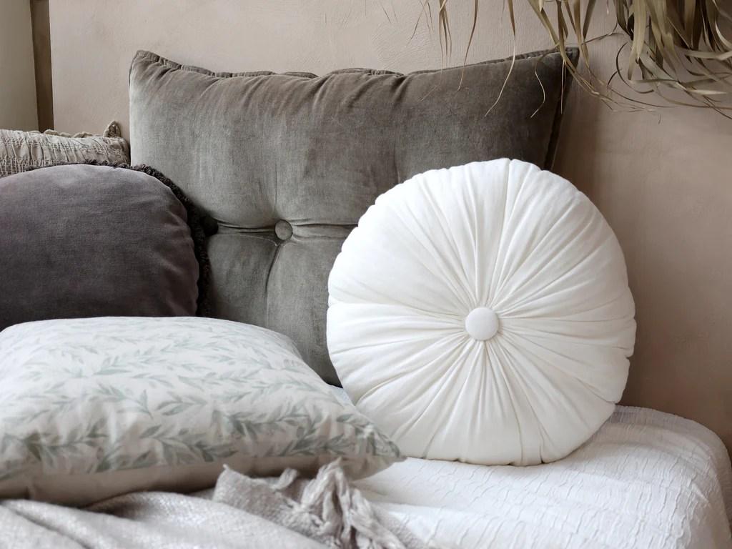 off white round cushion