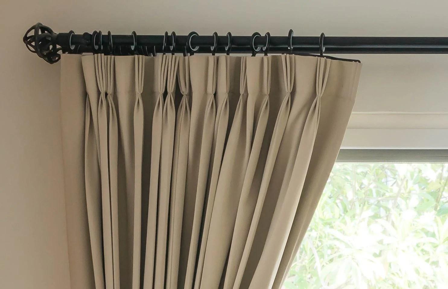 window do i fit my curtain pole
