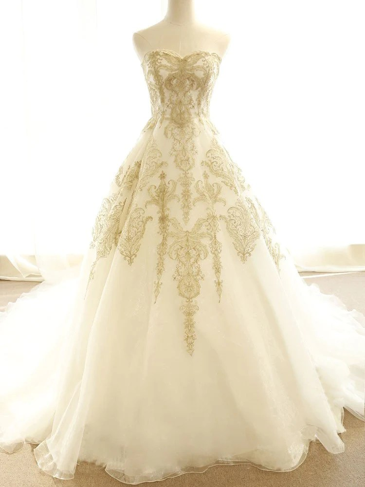 Chic Wedding Dresses Ivory Gold Appliques SweepBrush