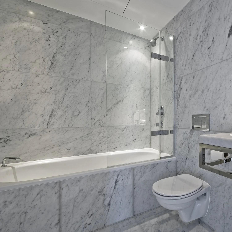white carrara polished 18 x18 marble tile