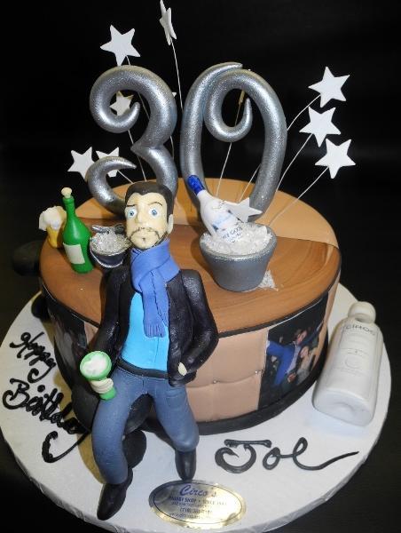 Surprising 30Th Birthday Cake For Men The Cake Boutique Personalised Birthday Cards Veneteletsinfo