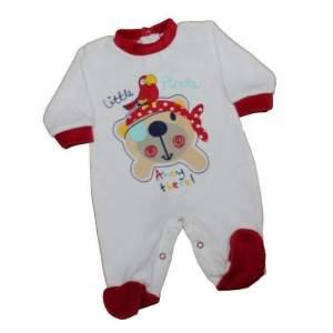 Salopeta velur bebe pirat, prevăzută cu capse între picioare. Salopeta este disponibilă în două culori, alb și bleu si prezintă guler, manșete și botoși de culoare roșu, respectiv alb. Mărimi pentru 0-6 luni. Compoziție: 75% bumbac, 25% poliester. Respectați instrucțiunile de spălare de pe etichetă.