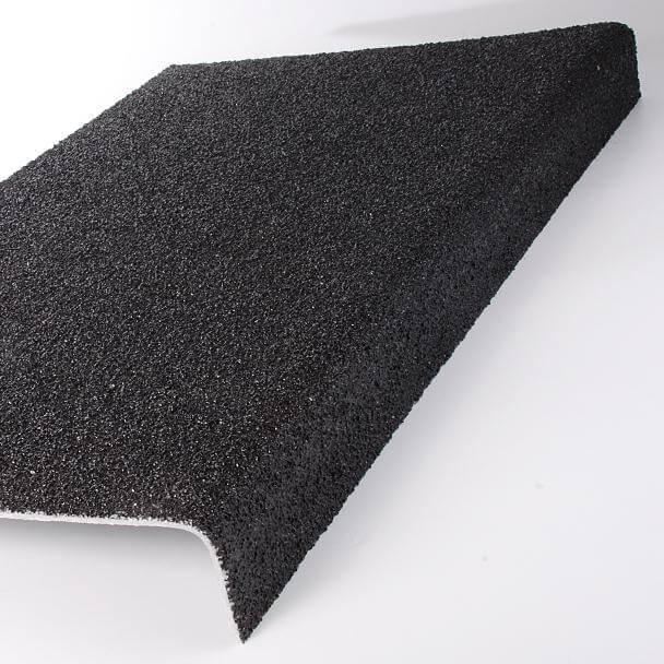 Couvre Marche Antiderapant Noir 1000 X 250 50 Mm Epais 3 5 Mm Solutions Pros Com