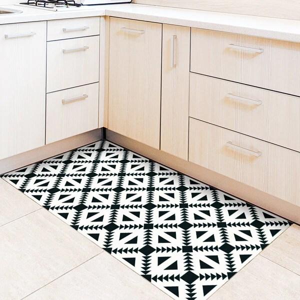 sticker revetement de sol cuisine noir et blanc motifs geometriques 60x120cm