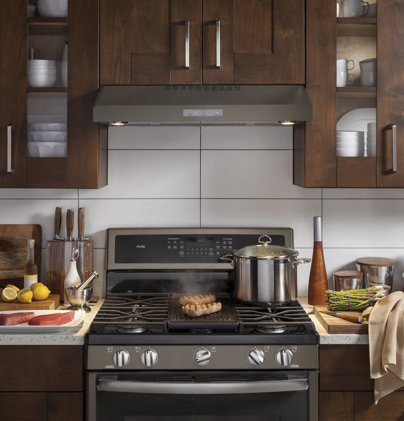 ge profile slate 30 inch 4 speed under the cabinet vent hood pvx7300ejesc