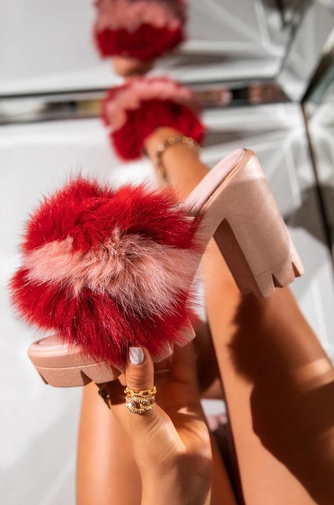 Anastasia - Pink
