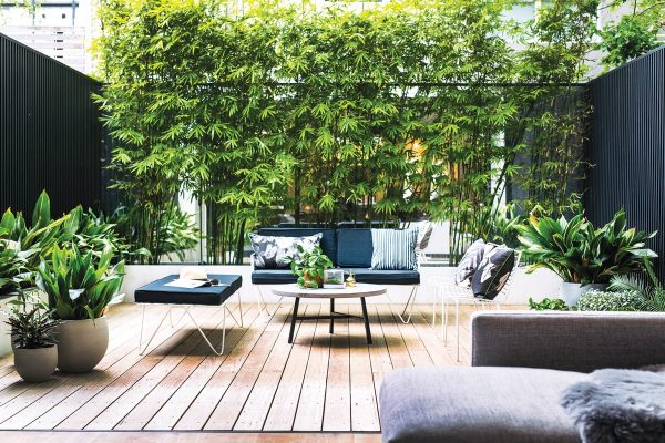 modern outdoor patios that say summer
