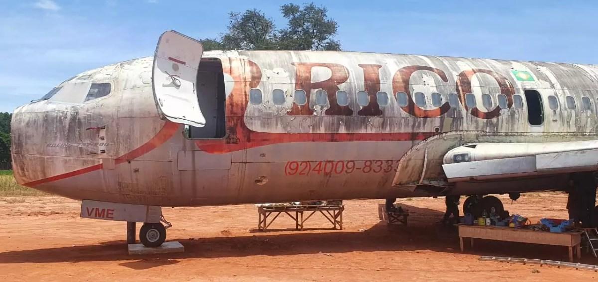 Empresário adquire avião para transformá-lo em restaurante, hotel e simulador de voo 3