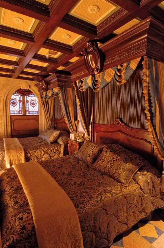Look Inside Cinderella S Castle Suite Cinderellacastlebedroom