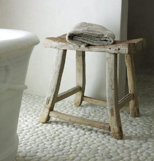 plaque de galets pour salle de bain