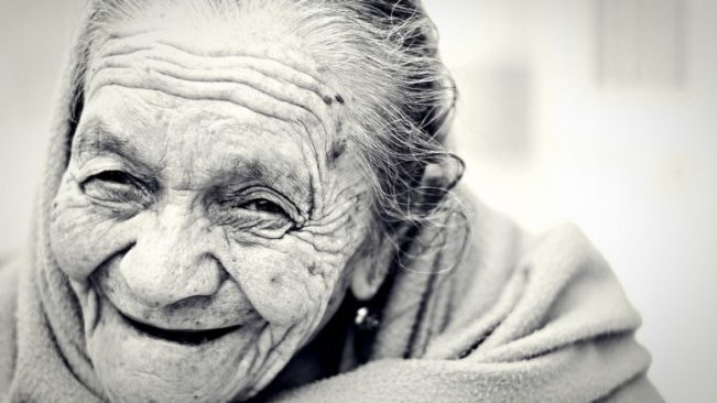 10 IMPORTANT THINGS YOU WILL REGRET WHEN YOU ARE OLD