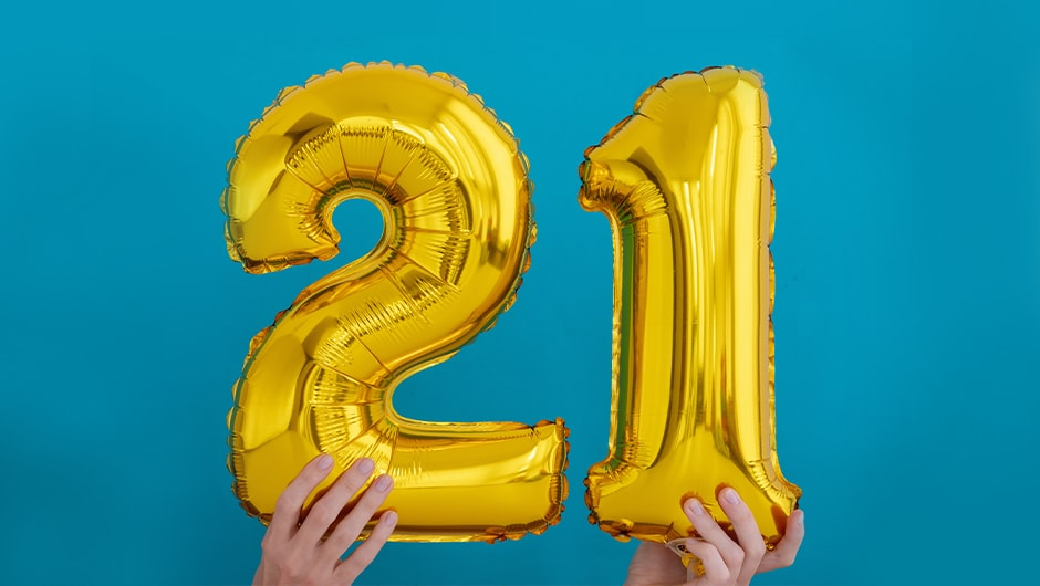 21st Birthday Gift Ideas Gifts For Boys Girls For Their 21st Birthday