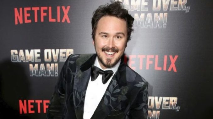Kyle Newacheck is married to Marisa Newacheck.