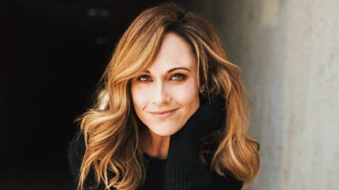 Nikki DeLoach is married to entertainment lawyer Ryan Goodell.